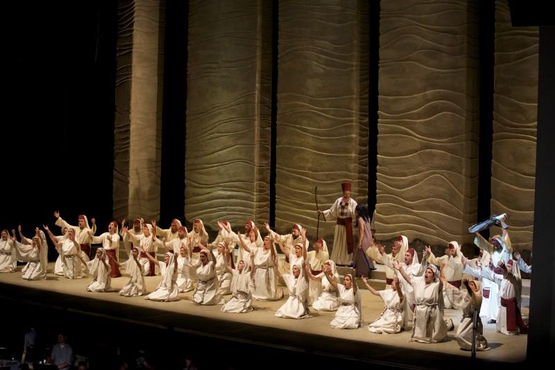 Si preannuncia il sold out per il Nabucco al Teatro Municipale di Piacenza il 27 e 29 Dicembre 2015 che vedrà sulle scene due star mondiali del calibro di Leo Nucci e Anna Pirozzi